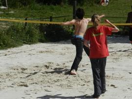 Le beach volley au Plateau d Yzeron, une activité ludique et sportive